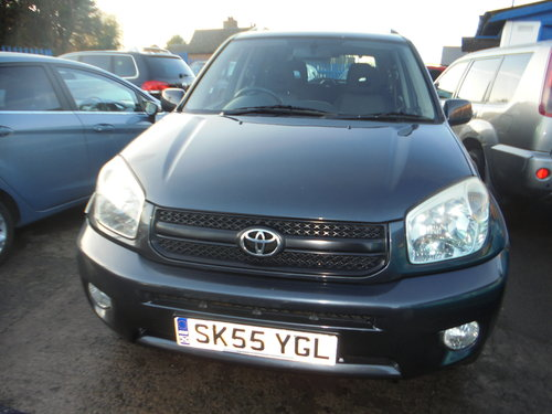 2005 RAV 4 5 DOOR ESTATE 4X4 2LTR PETROL 5 SPEED MANAUL MOTED  For Sale (picture 4 of 6)