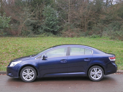 2009 Toyota Avensis T4 Auto.. Only 32,000 Miles.. FSH.. Top Spec SOLD (picture 1 of 6)
