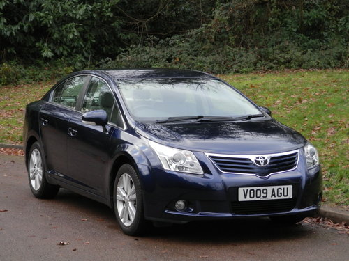 2009 Toyota Avensis T4 Auto.. Only 32,000 Miles.. FSH.. Top Spec SOLD (picture 2 of 6)