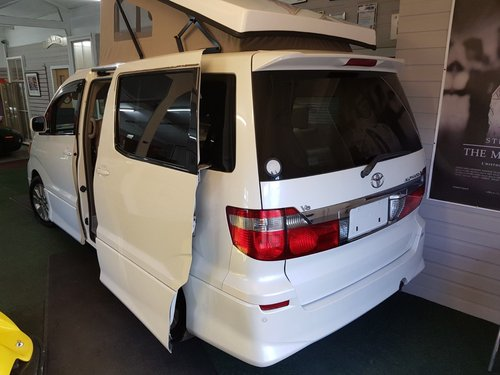2003 Toyota Alphard, 4 Berth Camper Van Pop Top & Side Conversion SOLD (picture 2 of 6)
