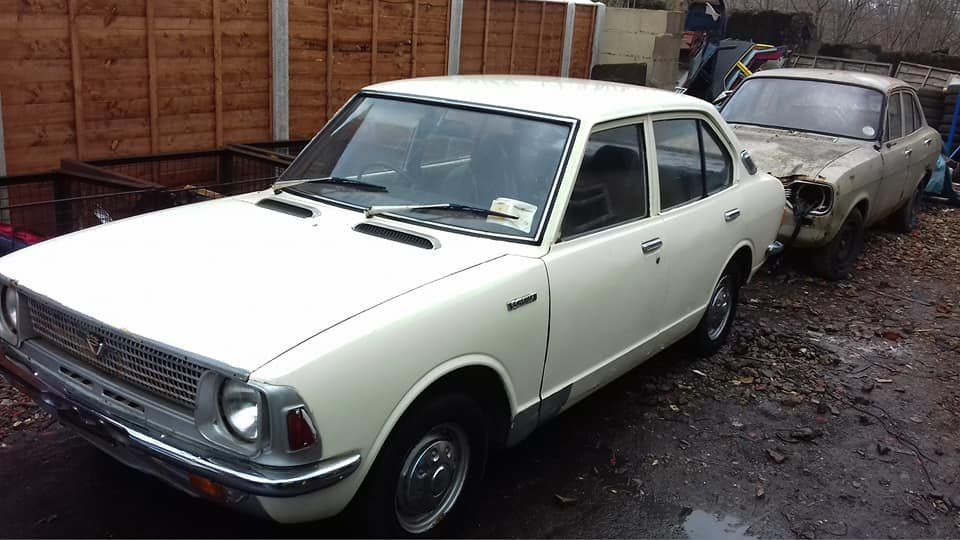 1971 TOYOTA COROLLA KE20 EASY ROLLING RESTORATION  For Sale (picture 1 of 6)