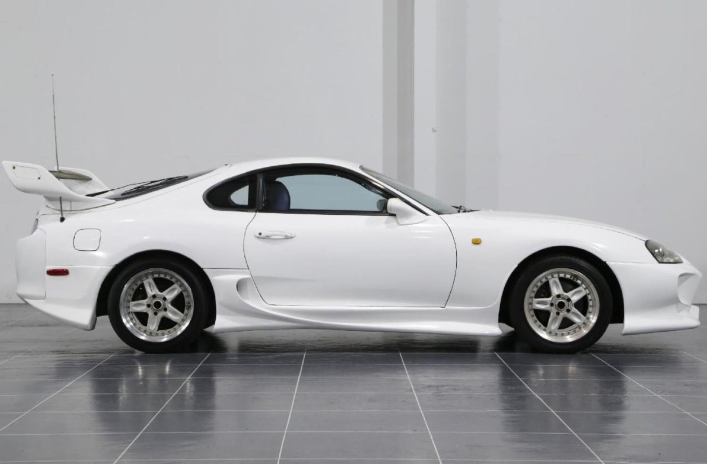 1994 SUPRA RZ Twin-Turbo from Japan For Sale (picture 3 of 6)