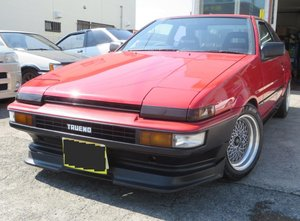 1986 TOYOTA Sprinter Trueno GT (AE86) from Japan