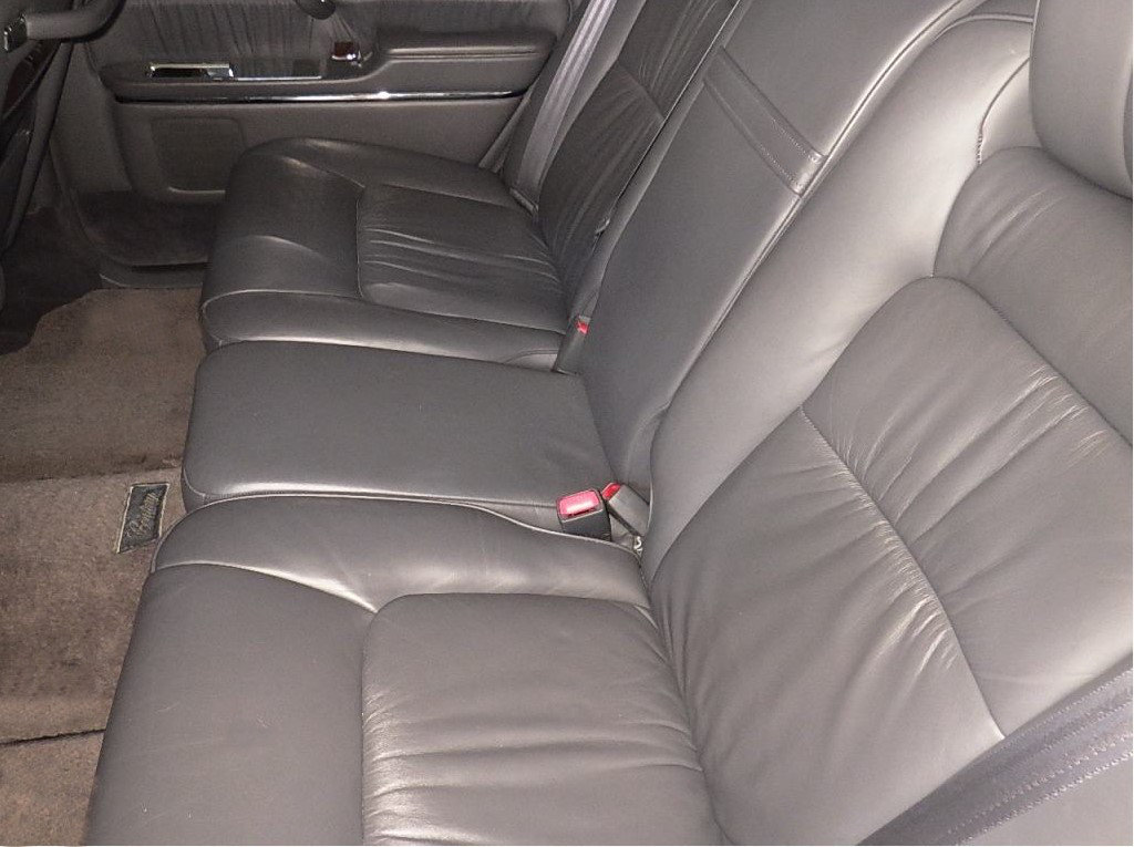 1997 TOYOTA CENTURY REDESIGNED 5.0 V12 * JAPANESE EQ MAYBACH  For Sale (picture 5 of 5)