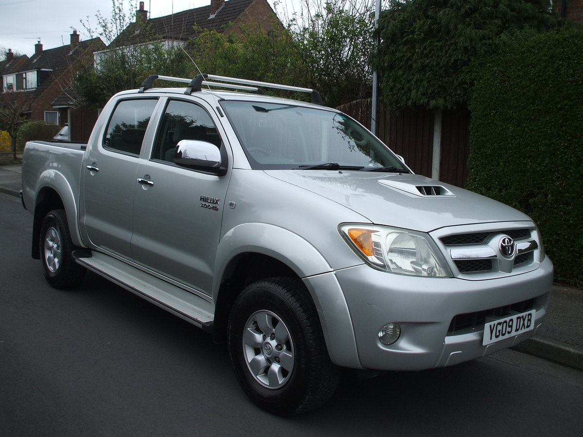 2009 Toyota Hilux For Sale For Hire (picture 2 of 6)