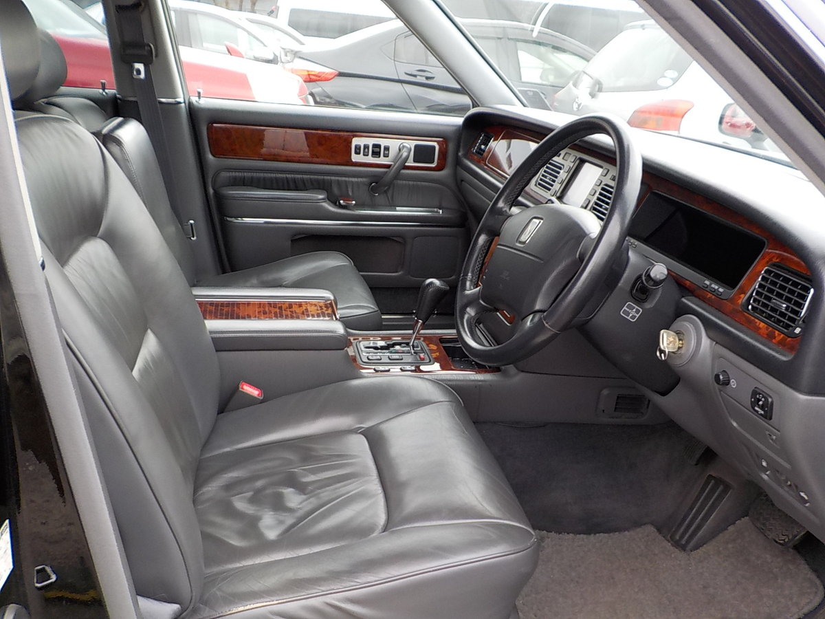 1997 TOYOTA CENTURY REDESIGNED 5.0 V12 * JAPANESE EQ MAYBACH  For Sale (picture 3 of 5)