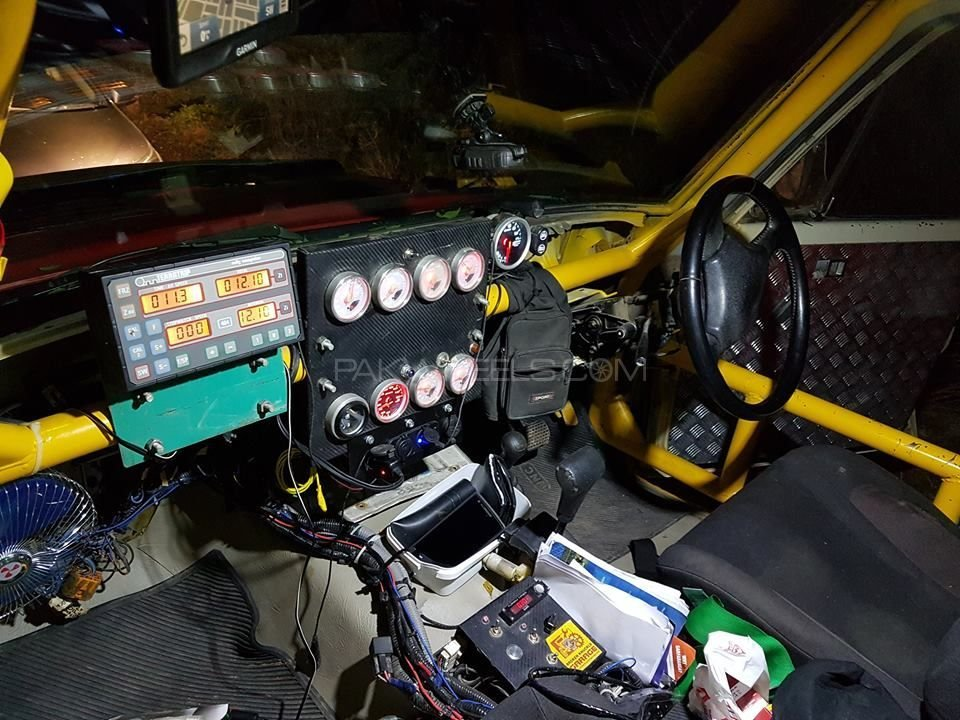 1983 Desert Rally Competition Race Vehicle For Sale (picture 3 of 6)