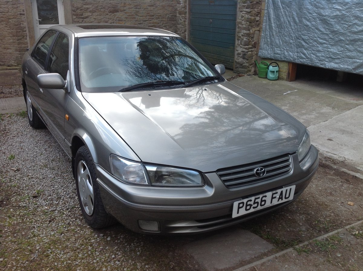 1997 Toyota Camry 2.2i. 12 months MOT & Service history For Sale (picture 1 of 4)