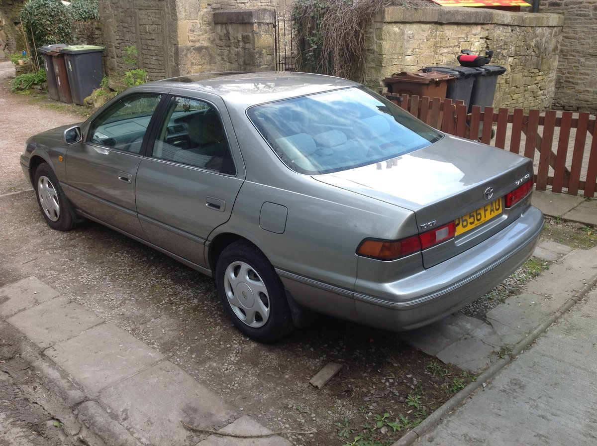 1997 Toyota Camry 2.2i. 12 months MOT & Service history For Sale (picture 2 of 4)