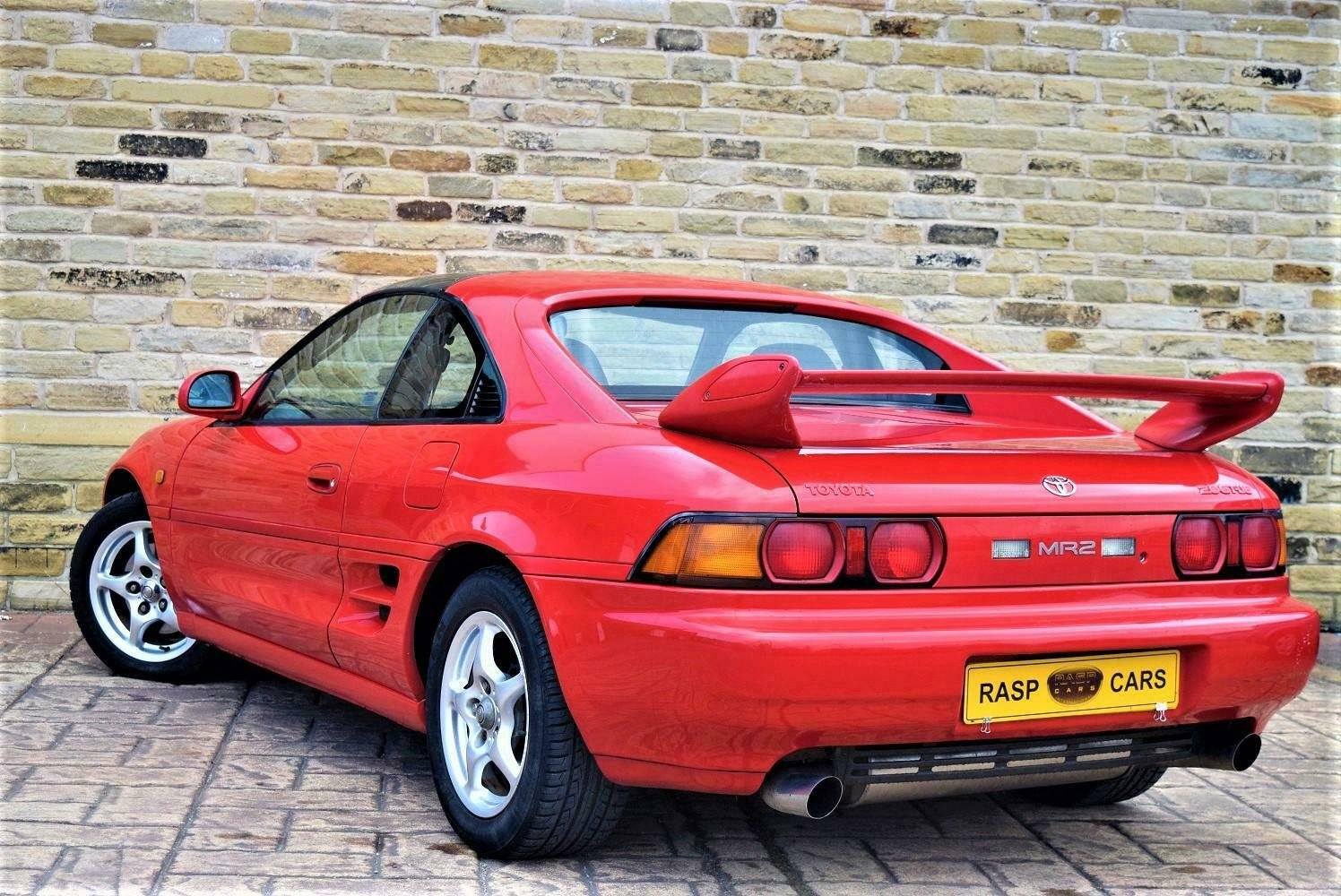 1999 T MR2 T-bar Rev-5 UK CAR  [21 TOYOTA STAMPS] SOLD (picture 4 of 6)