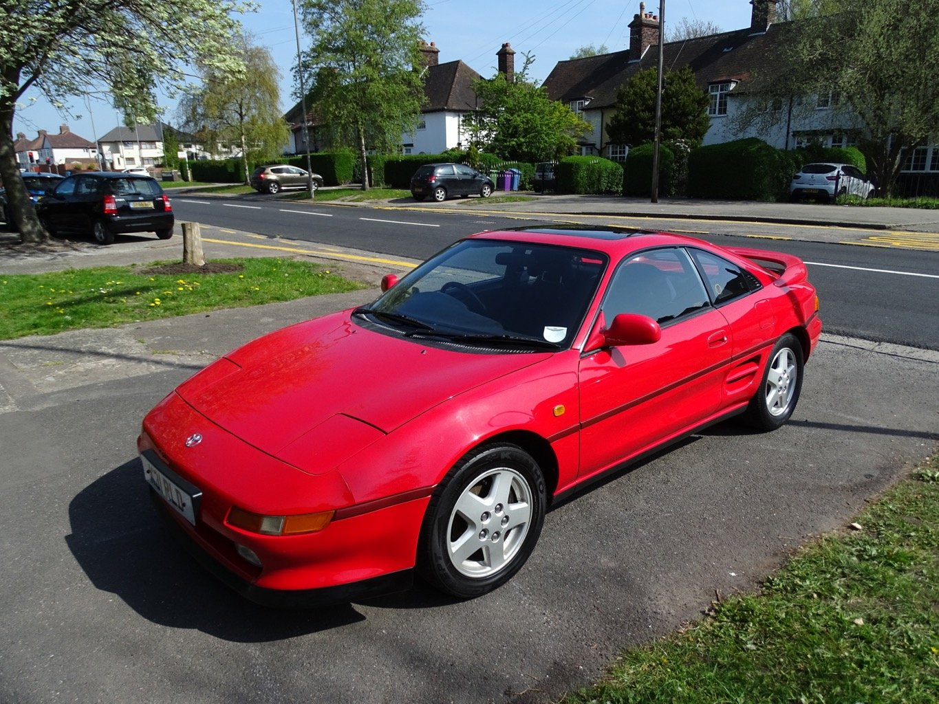 MR2 MK2 1993 red reduced price For Sale (picture 1 of 6)