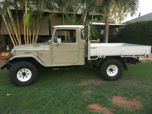 1979 toyota landcruiser fj45 pick up truck RHD For Sale (picture 2 of 6)