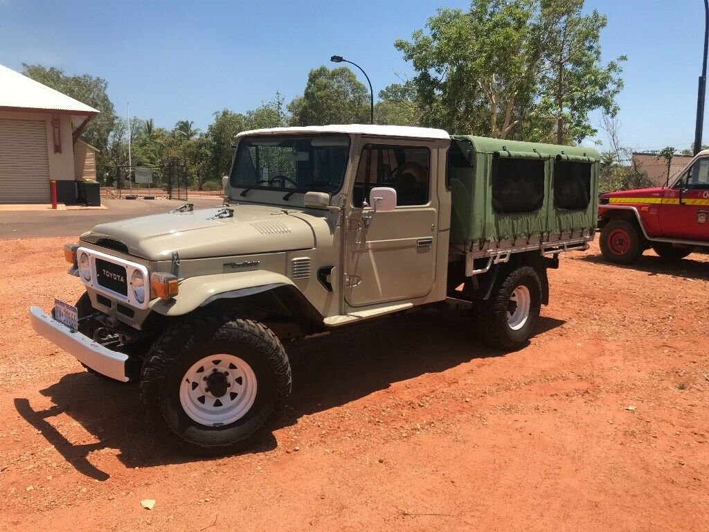 1979 toyota landcruiser fj45 pick up truck RHD For Sale (picture 6 of 6)