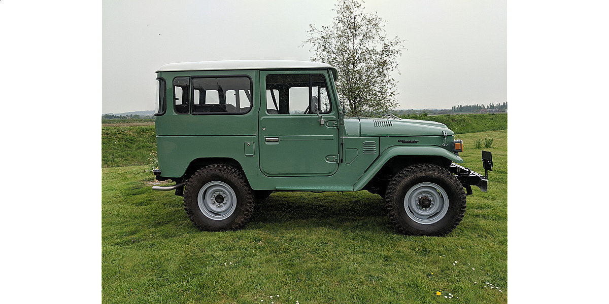 RHD 1977 Toyota FJ40 2Fpetrol Japanese factory Land cruiser  For Sale (picture 2 of 6)