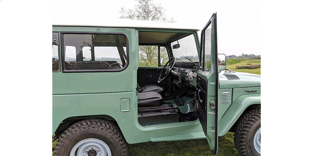 RHD 1977 Toyota FJ40 2Fpetrol Japanese factory Land cruiser  For Sale (picture 3 of 6)