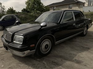 Toyota Century 2006 and 2010 model year For Sale