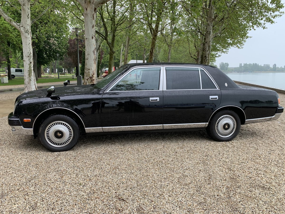 Toyota Century 2006 and 2010 model year For Sale (picture 6 of 6)