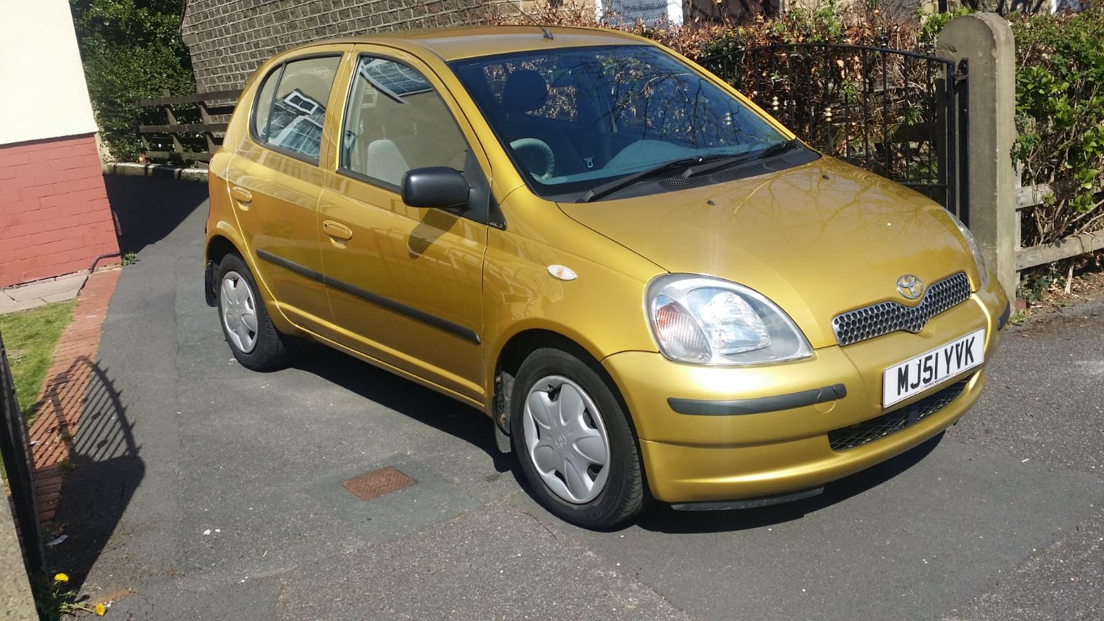 2002 Toyota Yaris 1.3 Petrol 1 Owner 33k Miles 5dr For Sale (picture 1 of 6)