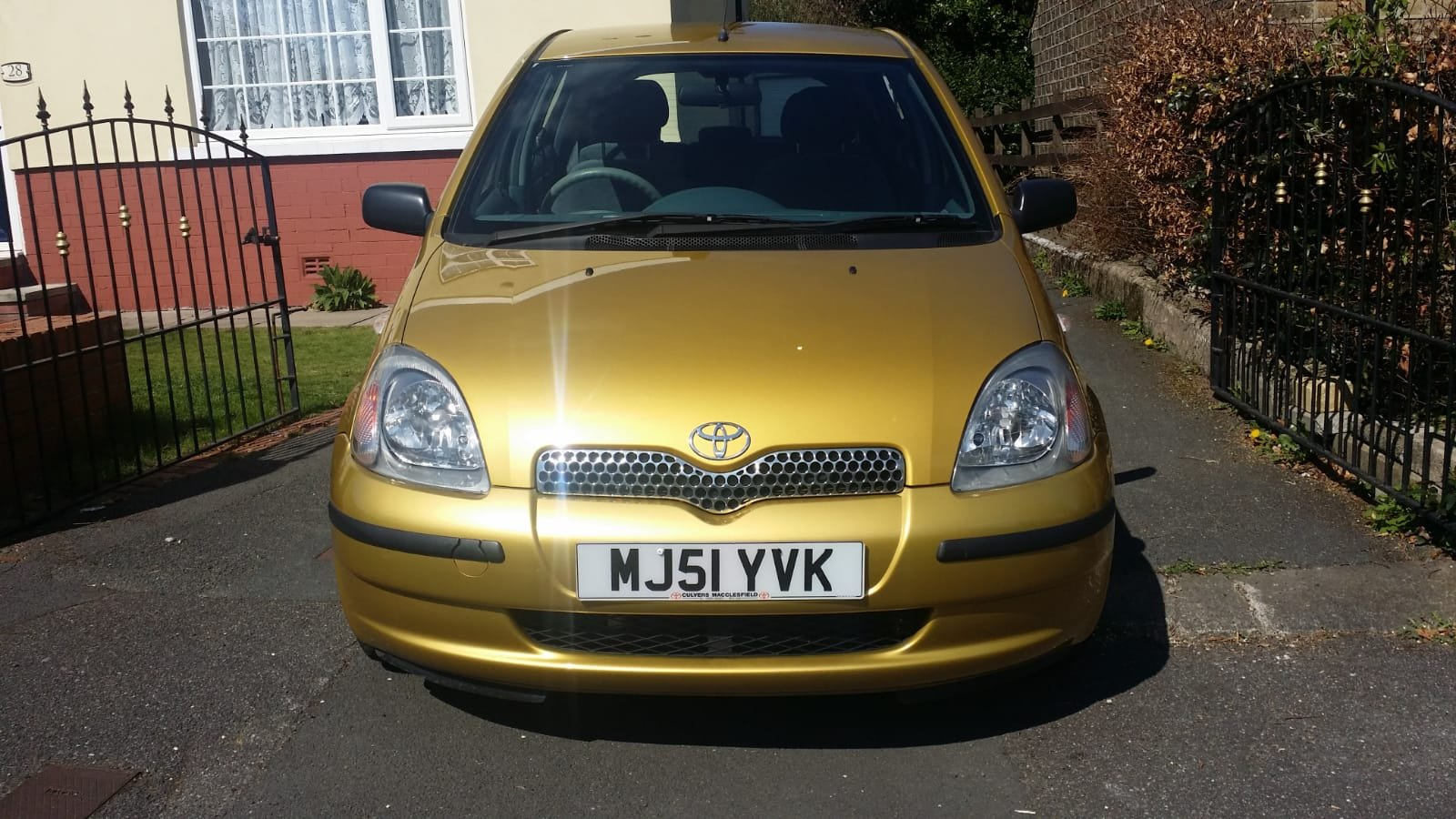 2002 Toyota Yaris 1.3 Petrol 1 Owner 33k Miles 5dr For Sale (picture 2 of 6)