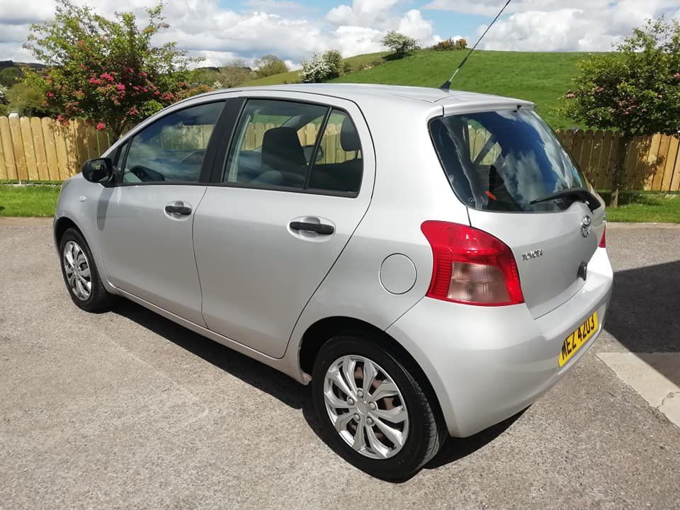 2007 Toyota Yaris 1.0 VVTi -5dr- 1 Year MOT 2020 For Sale (picture 3 of 6)