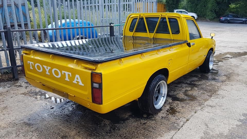 1980 Toyota Hilux RN40 LWB For Sale (picture 3 of 6)