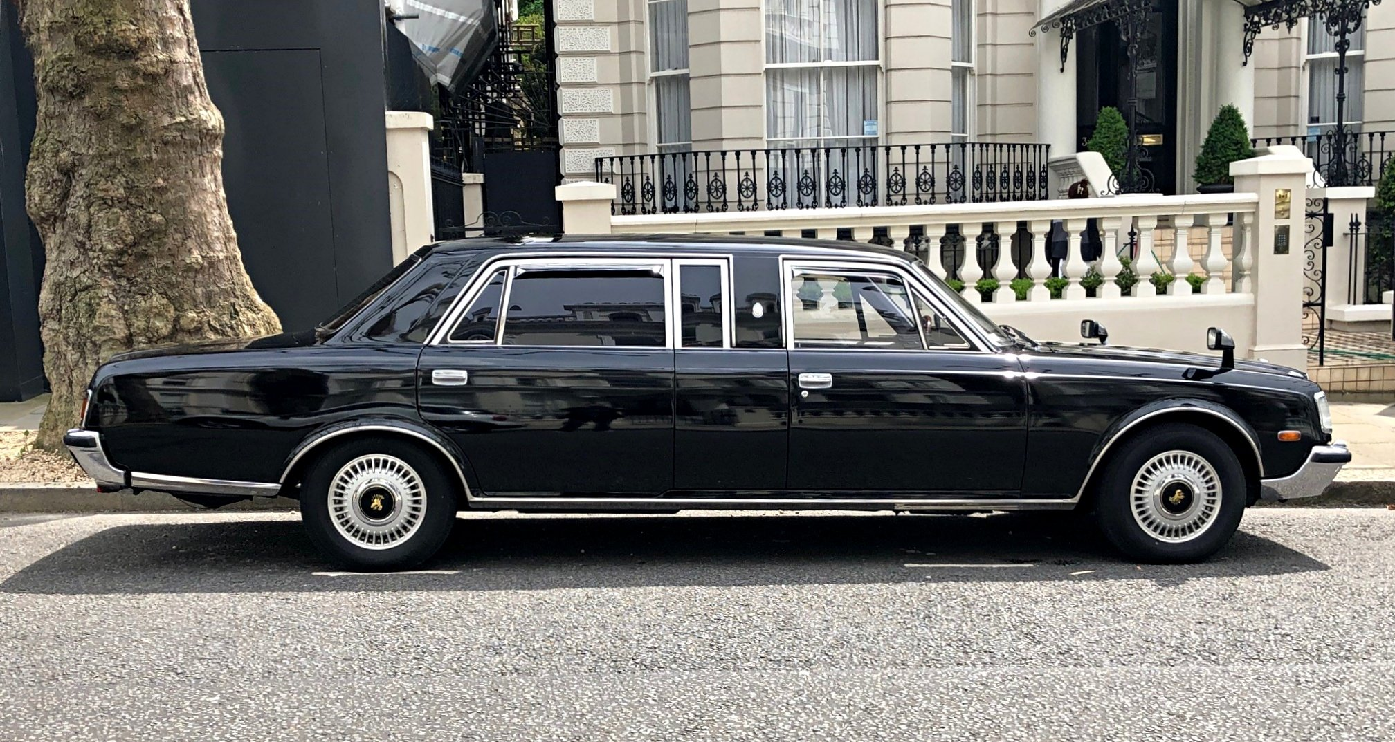 1994 Classic Toyota Century Limousine For Sale (picture 1 of 6)