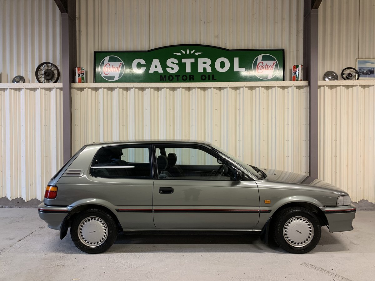 Stunning 1991 Toyota Corolla 1.3GL 29k 1 former keeper SOLD (picture 3 of 6)