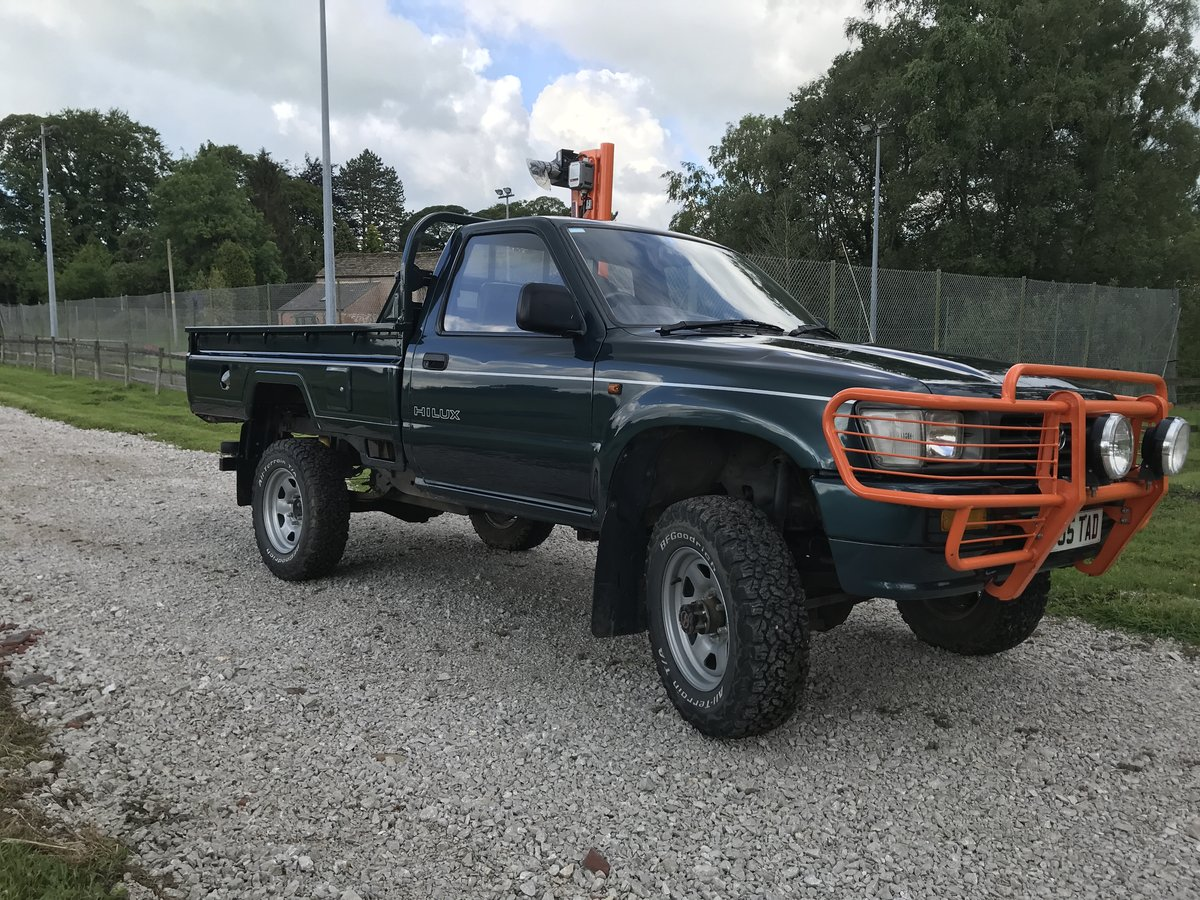 1996 Toyota Hilux MK3 1997 stunning For Sale (picture 2 of 6)