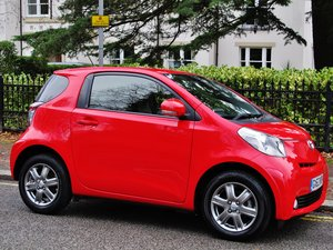 TOYOTA iQ2 1.0 2013/63 26000m TFSH - CLIMATE AC, NOW RARE For Sale