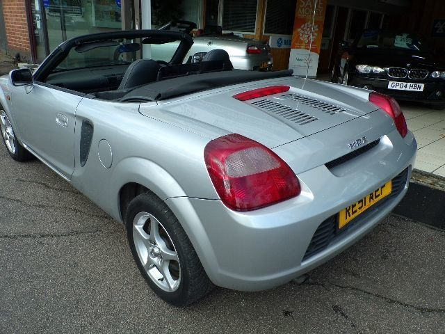 2001/51 Toyota MR2 1.8 VVTi Convertible 2dr 65598 miles For Sale (picture 2 of 6)