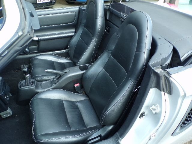 2001/51 Toyota MR2 1.8 VVTi Convertible 2dr 65598 miles For Sale (picture 4 of 6)