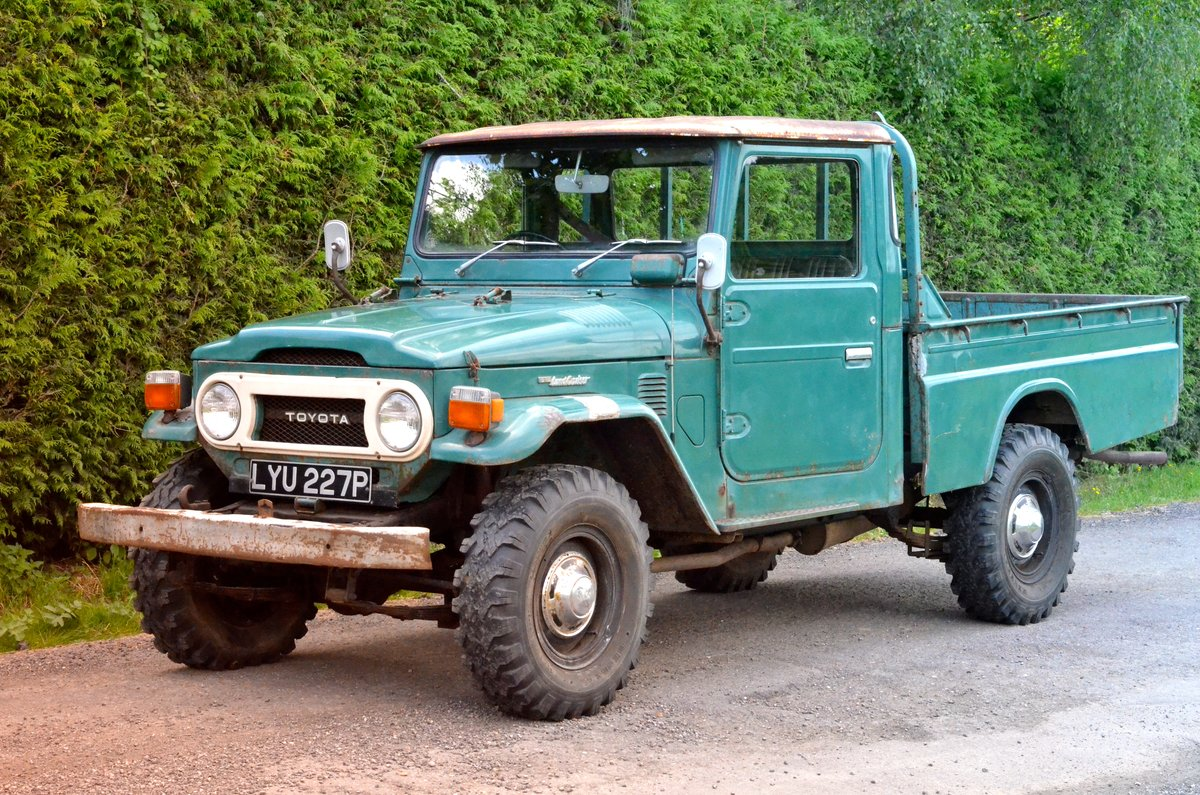 1976 Toyota Landcruiser FJ45 One-of-two UK reg original For Sale (picture 1 of 6)