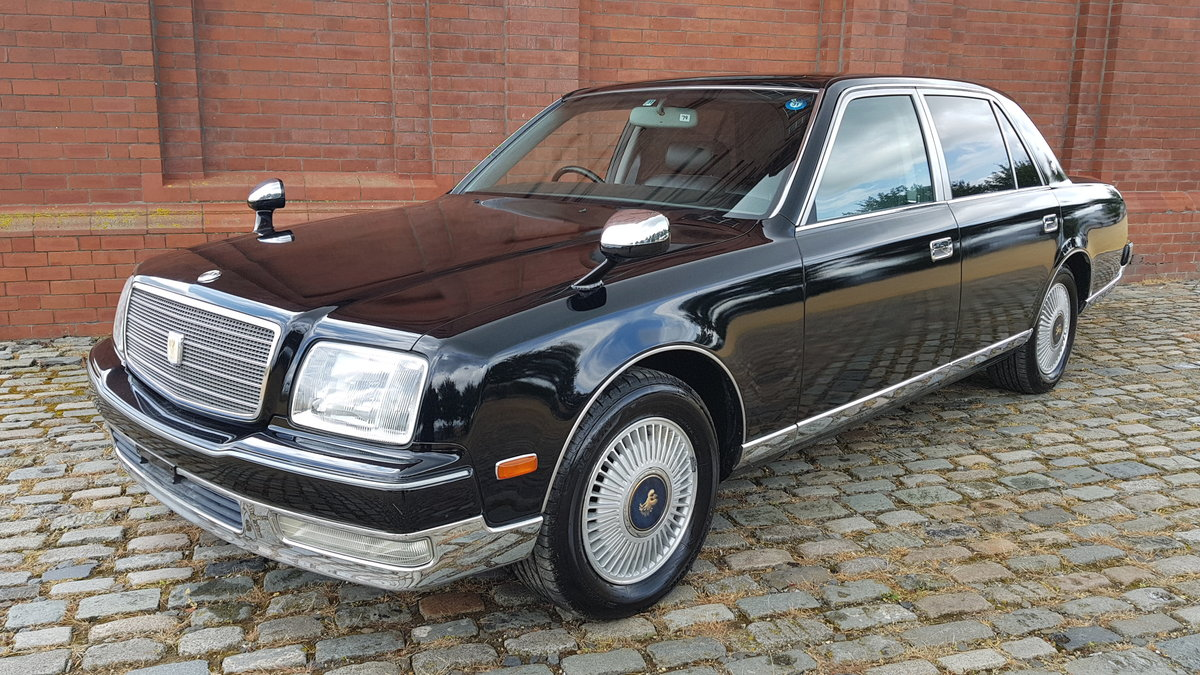 1997 TOYOTA CENTURY REDESIGNED 5.0 V12 * JAPANESE EQ MAYBACH  For Sale (picture 1 of 6)