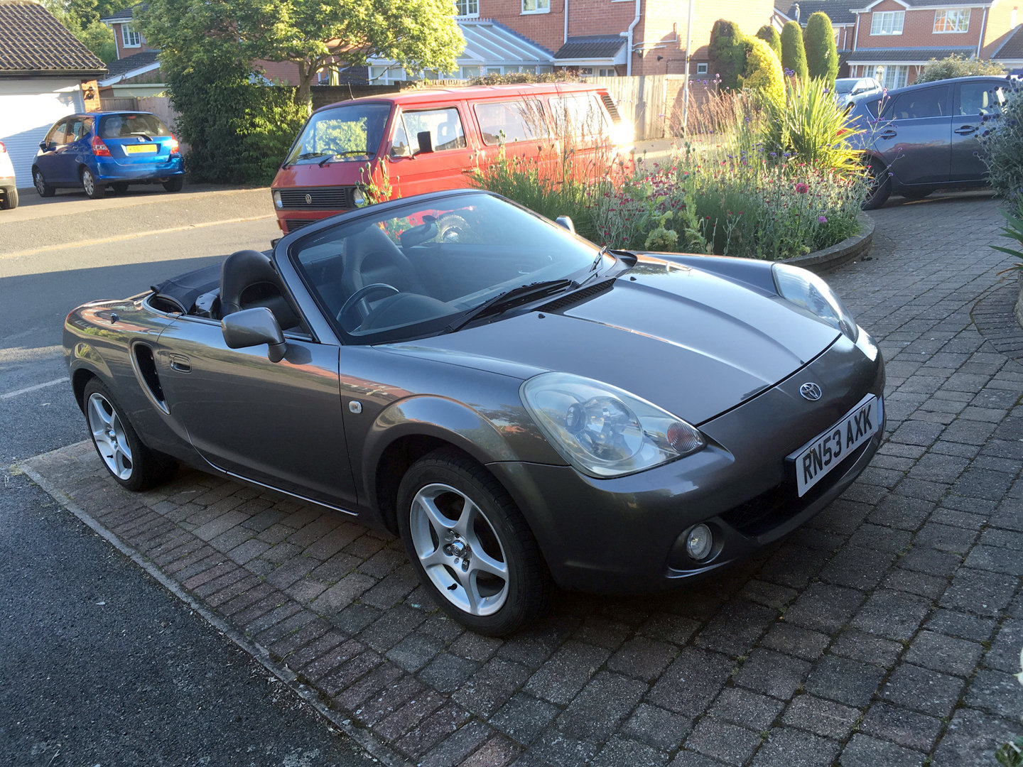 2004 Toyota MR2 mk3 facelift For Sale (picture 1 of 5)