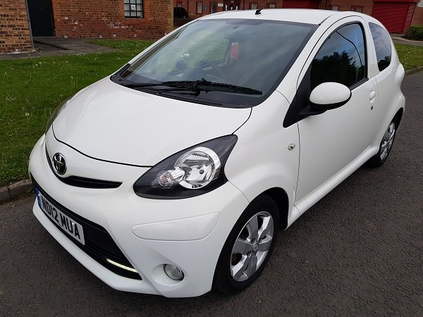 2012 TOYOTA AYGO 1.0 VVTI FIRE 3 DOOR HATCHBACK For Sale (picture 4 of 6)