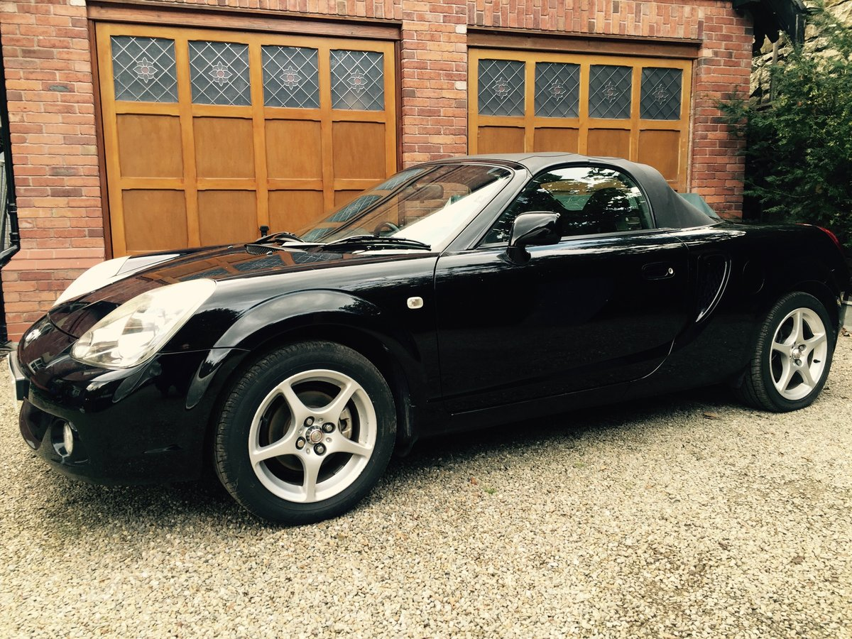 2003 MR2 ROADSTER Facelift 6-speed Lovely Genuine Car For Sale (picture 1 of 6)