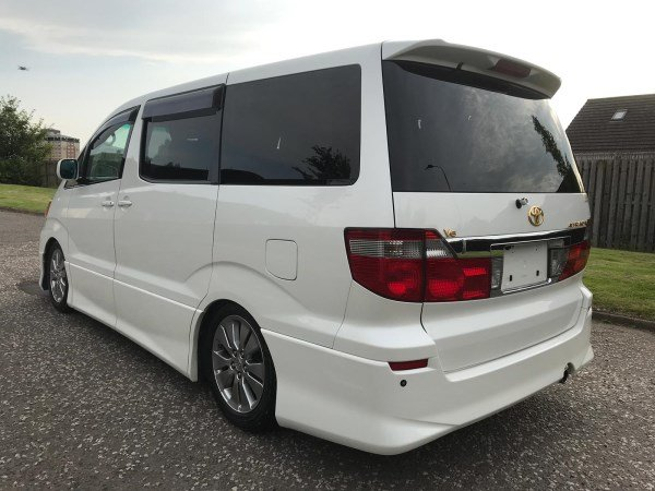 2005 Fresh import Toyota Alphard 3.0 L V6 4WD 8 Seats For Sale (picture 2 of 6)