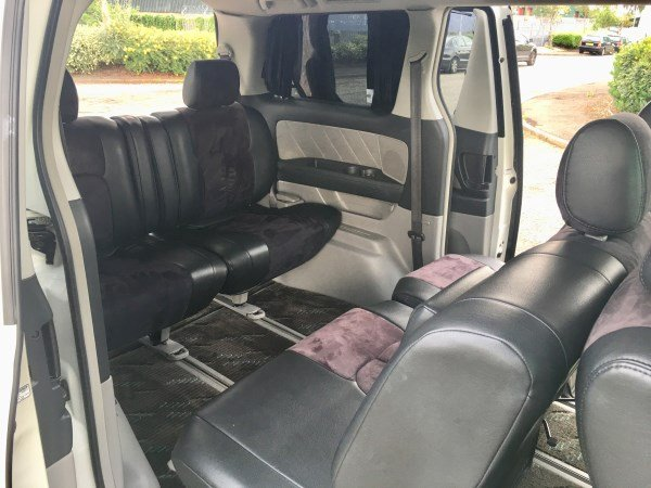 2005 Fresh import Toyota Alphard 3.0 L V6 4WD 8 Seats For Sale (picture 5 of 6)