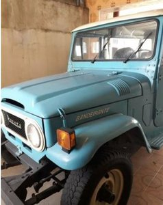 1979 80.000Km original, 4×4, diesel engine