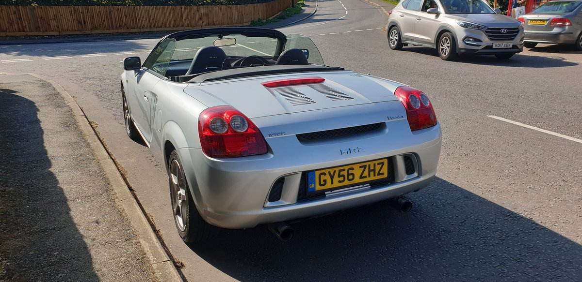 2006 Toyota MR2 1.8 VVT-i Roadster TF300 For Sale (picture 3 of 6)