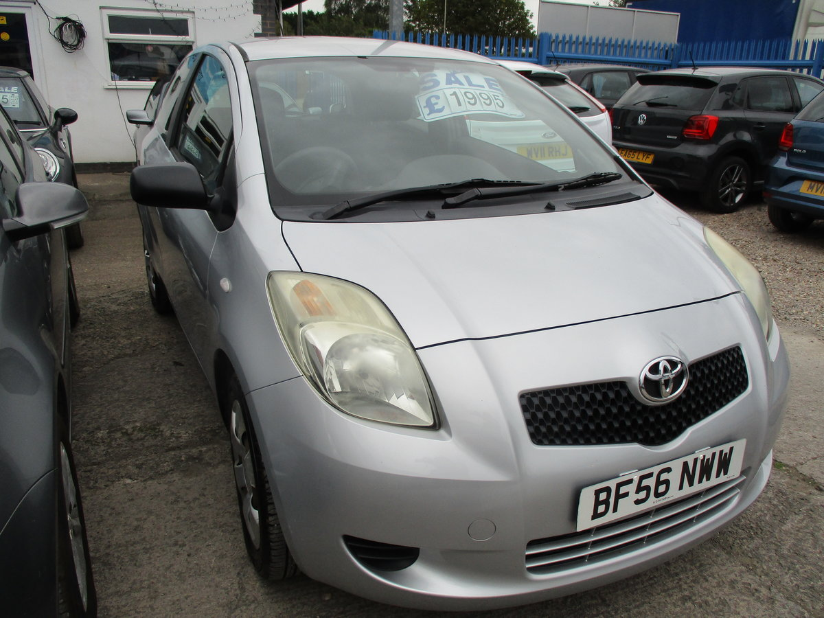 2600 50,000 MILES ONLY ON THIS SMART 1LTR YARIS 3 DOOR 2020 MOT For Sale (picture 2 of 6)
