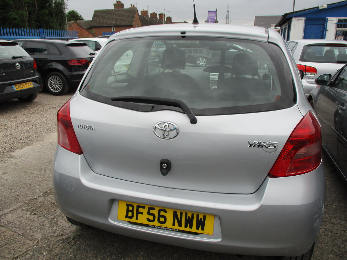 2600 50,000 MILES ONLY ON THIS SMART 1LTR YARIS 3 DOOR 2020 MOT For Sale (picture 3 of 6)