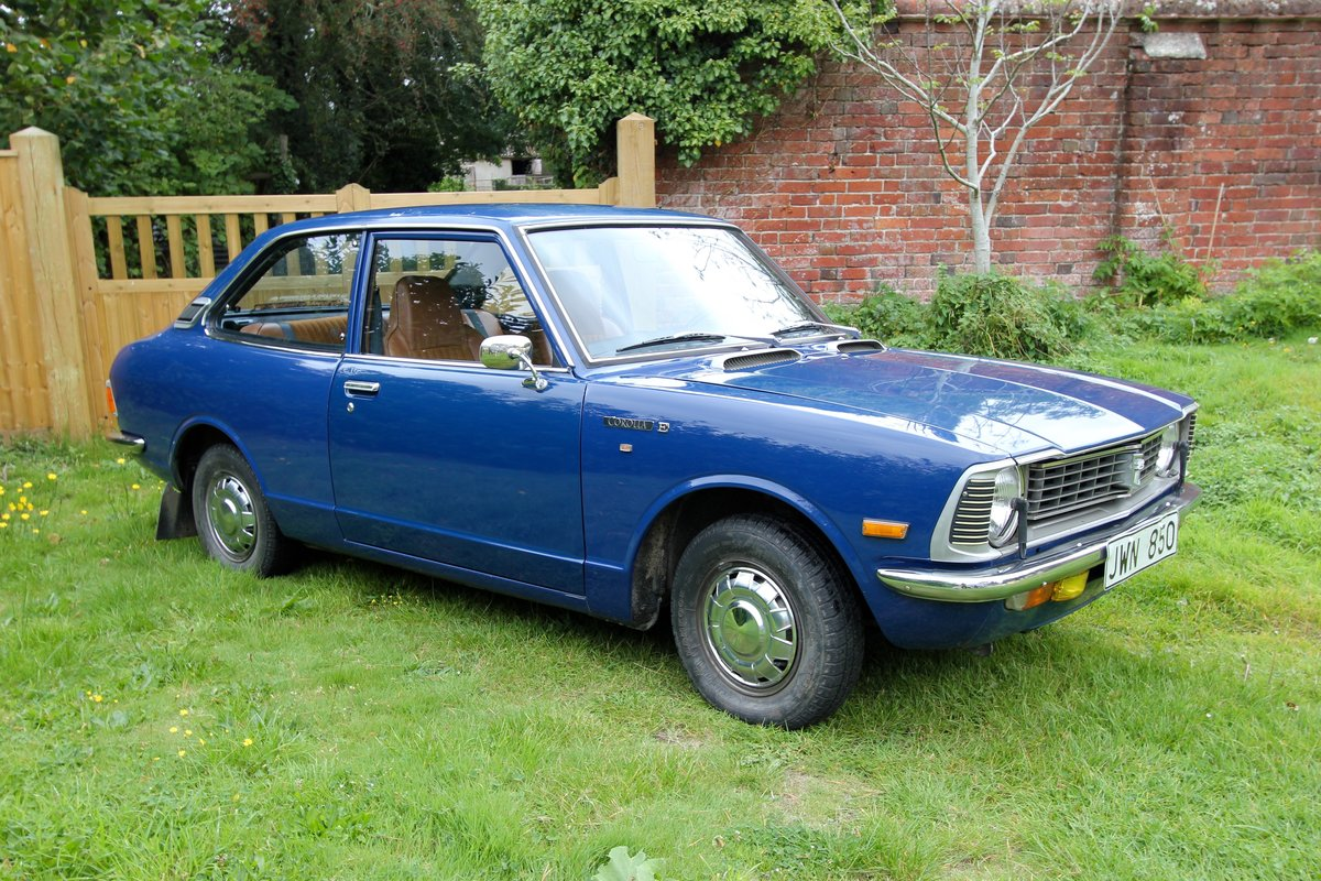 1977 Toyota Corolla - TIME WARP - 50,000 km from new - KE20 For Sale (picture 2 of 5)