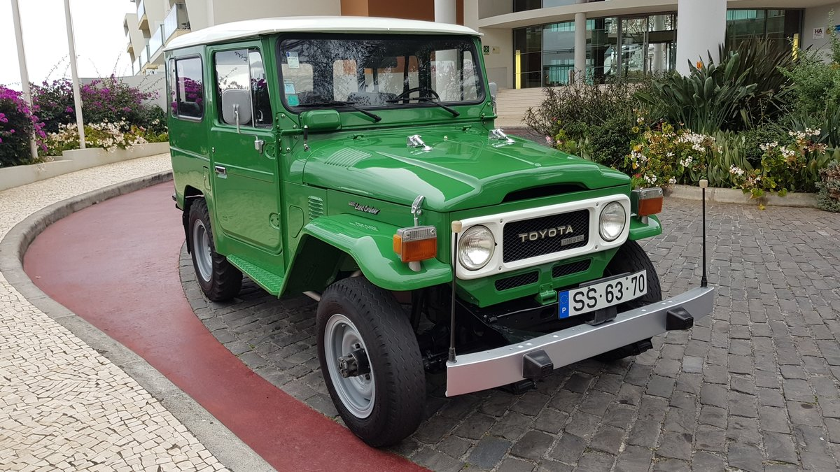 1980 Land Cruiser BJ40  68000 Kms (42500 Mls)  7 Seats  For Sale (picture 2 of 6)