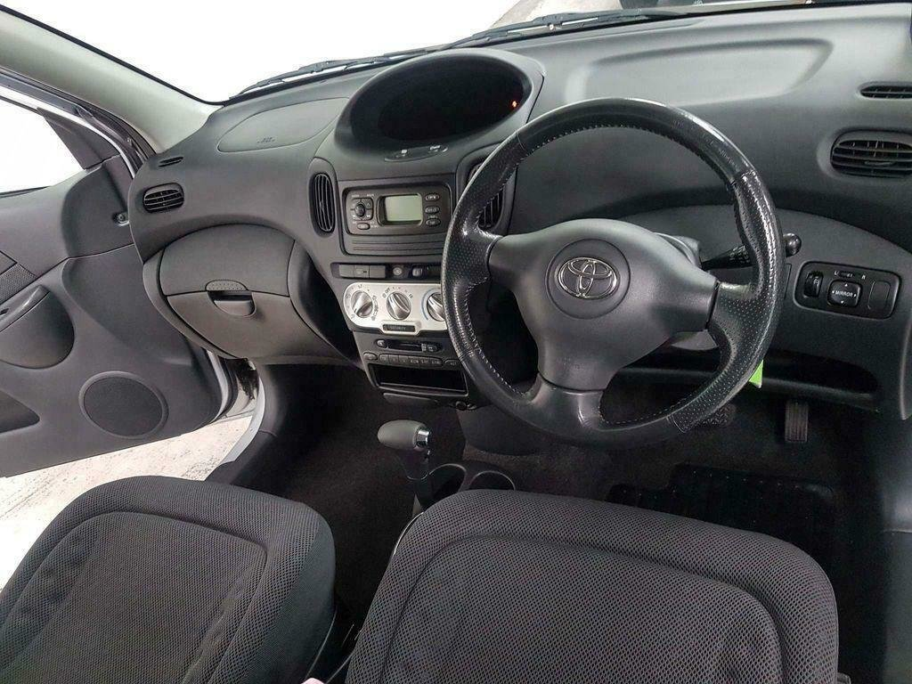 2004 TOYOTA YARIS VERSO 1.3 VVT-i T3* GEN 44,000 MLS* AUTOMATIC For Sale (picture 5 of 6)
