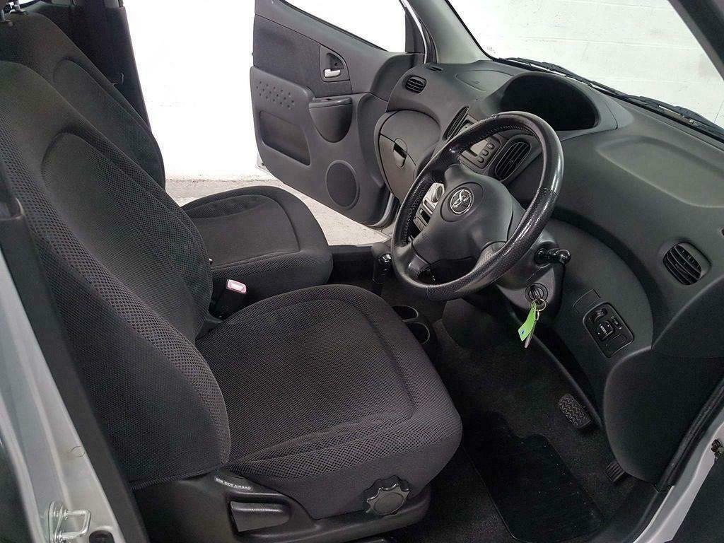 2004 TOYOTA YARIS VERSO 1.3 VVT-i T3* GEN 44,000 MLS* AUTOMATIC For Sale (picture 6 of 6)