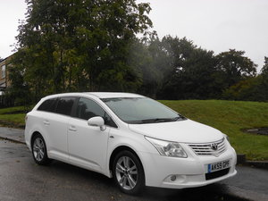 2009 Toyota Avensis 2.2 D-cat T4 Auto Tourer 150 BHP New Sha SOLD