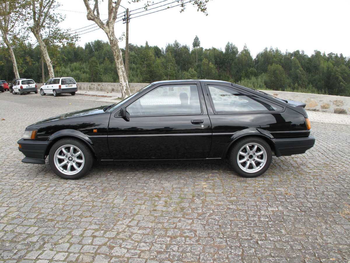 1985 Toyota Corolla GT Twin Cam 16V Coupe (AE86) For Sale (picture 2 of 6)