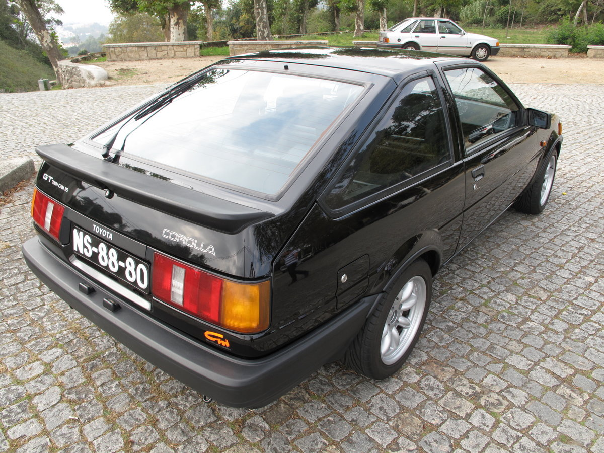 1985 Toyota Corolla GT Twin Cam 16V Coupe (AE86) For Sale (picture 3 of 6)