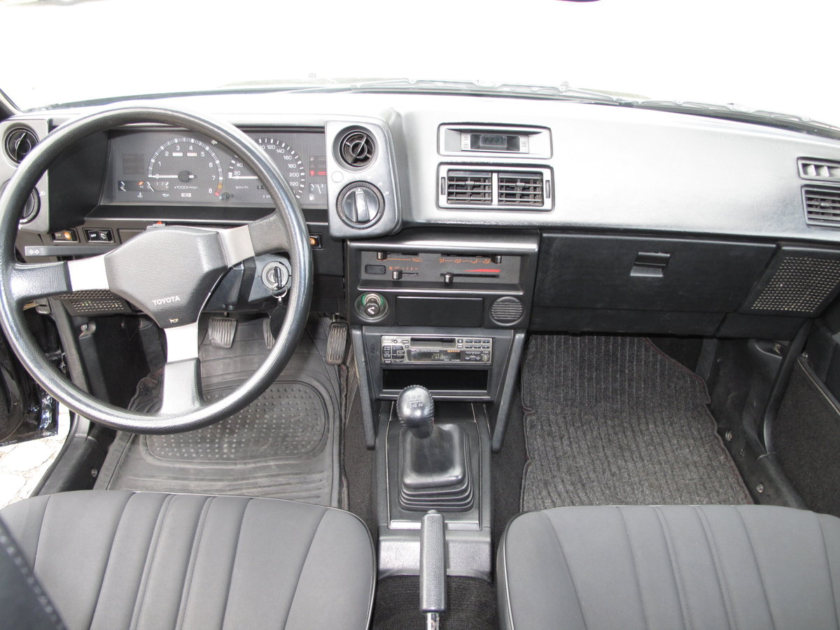 1985 Toyota Corolla GT Twin Cam 16V Coupe (AE86) For Sale (picture 4 of 6)